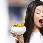 6 obiceiuri alimentare la care ar trebui să renunțați