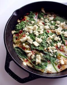 Frittata din albus de ou si legume
